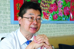 Edmond Yu Chi-shing, consultant psychogeriatrician at Kwai Chung Hospital, pioneered mahjong as a treatment for dementia patients